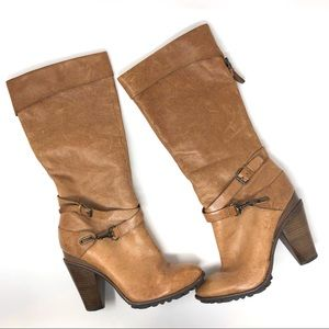 B Makowsky Cassidy Taupe Brown Leather Buckle Boot